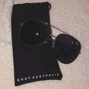NWOT - quay australia sunglasses